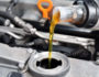 Когда нужно менять масло в автомобиле и почему?